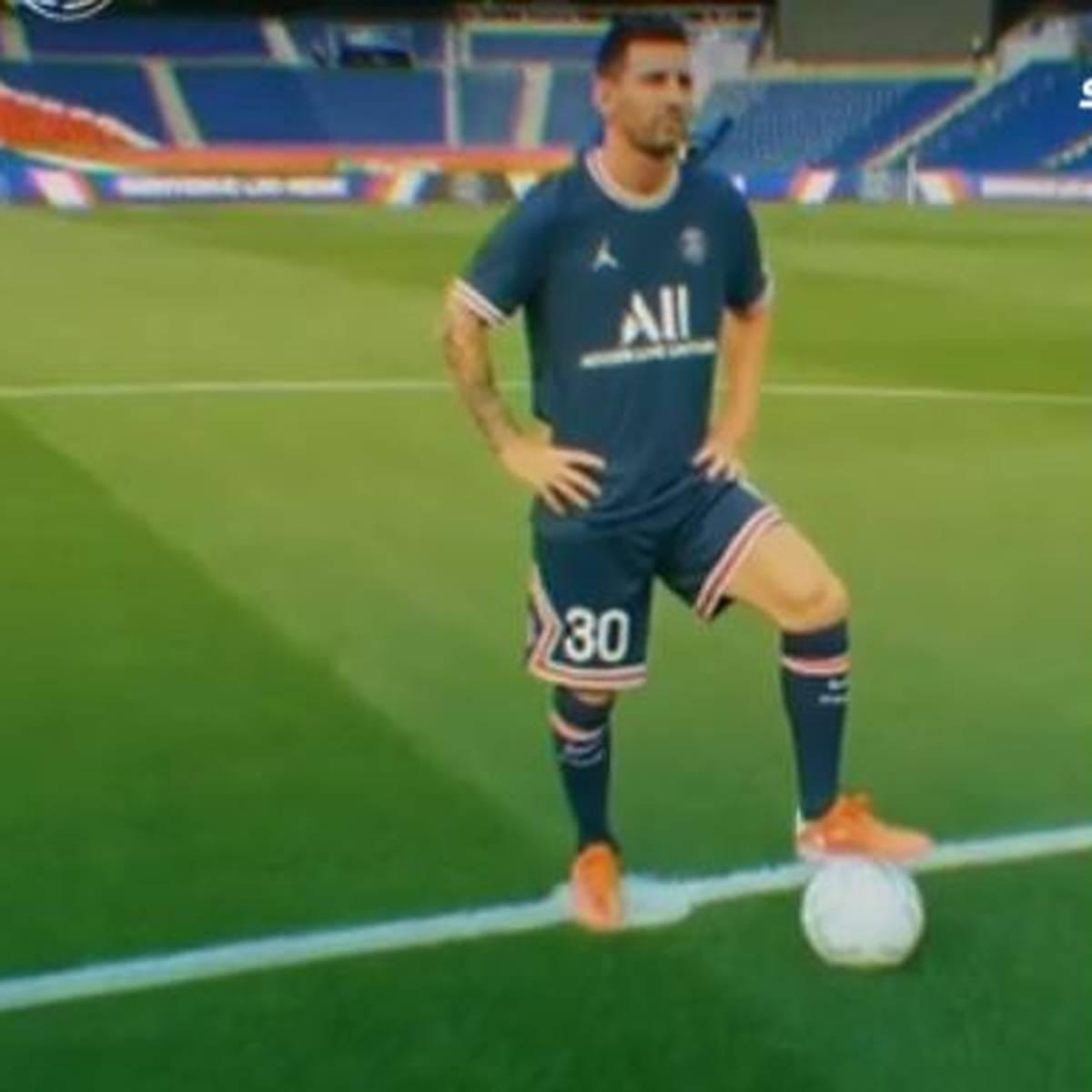 Irres Drohnen-Video: So vermeldet PSG den Messi-Deal