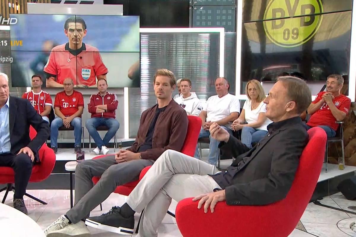 BVB-Boss Hans-Joachim Watzke spricht im STAHLWERK Doppelpass über den Platzverweis von Mo Dahoud. Er wünscht sich eine andere Körpersprache des Schiedsrichter.
