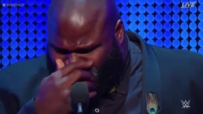 Mark Henry vergoss bei der WWE-Hall-of-Fame-Zeremonie vor WrestleMania 34 Tränen für Owen Hart