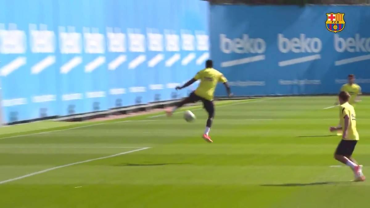 Im Training des FC Barcelona sorgt Samuel Umtiti für einen Hingucker: Der Franzose glänzt mit einem ganz speziellen Traumtor.