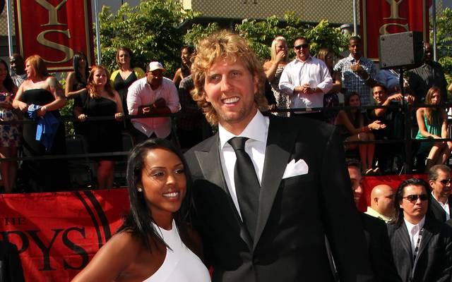 2012 schließen Nowitzki und Jessica Olsson den Bund der Ehe