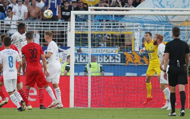 FC Carl Zeiss Jena v FC Ingolstadt - 3. Liga Marian Sarr traf in diesem Spiel gleich zwei Mal ins eigene Tor