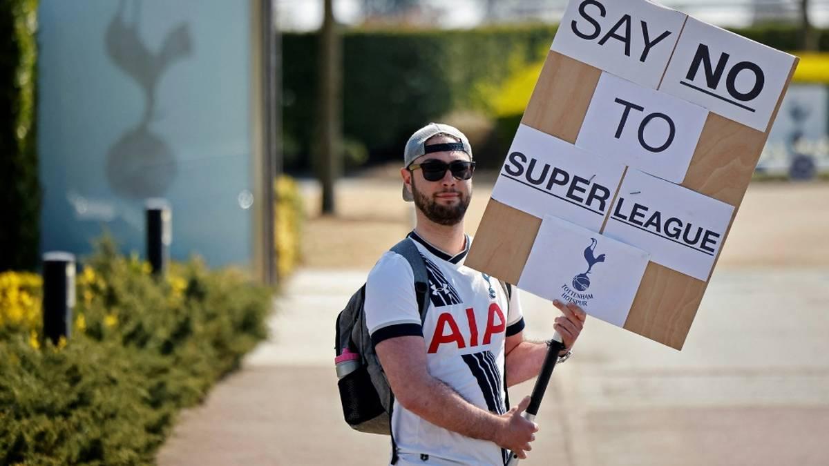 Fußball-Fans stimmen gegen eine Super League