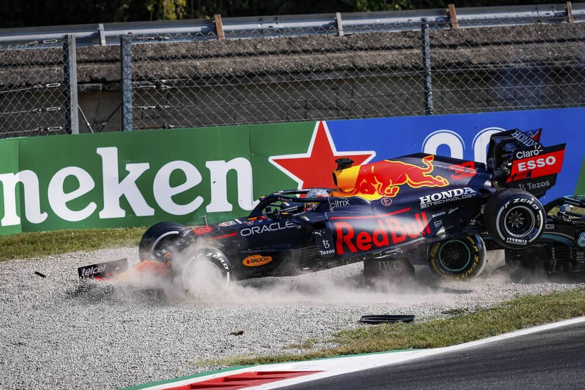 In der Formel 1 kommt es in dieser Saison zu besonders vielen Unfällen. Geht es nach McLaren-Teamchef Andreas Seidl, spielt bei dieser Unfall-Flut auch das neue Reglement 2022 eine Rolle.