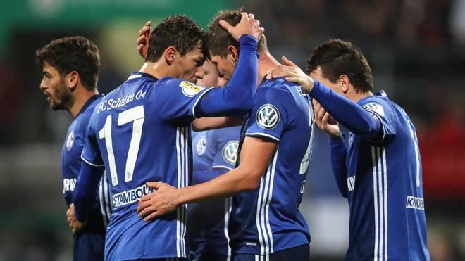 1. FC Nuernberg v FC Schalke 04 - DFB Cup