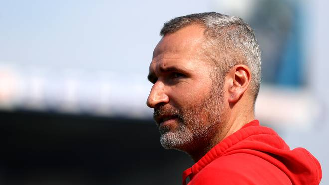 2. Liga: VfB Stuttgart und Hannover 96 vor Saison-Auftakt optimistisch, Trainer Tim Walter will mit dem VfB Stuttgart direkt zurück in die Bundesliga