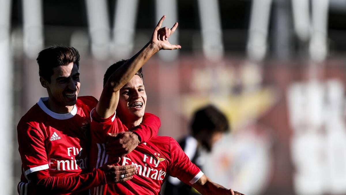 Bei Benfica in der UEFA Youth Liéague war Tiago Dantas (r.) der überragende Spieler.