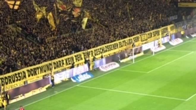 Die BVB-Fans protestieren vor dem Duell mit dem FC Bayern gegen die Super League