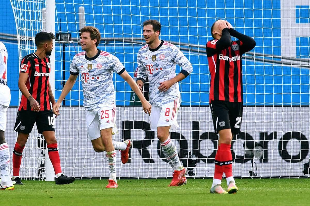 Bayer Leverkusen erlebt im Spitzenspiel der Bundesliga im ersten Durchgang einen echten Albtraum. So etwas hat es für die Werkself noch nie gegeben -Keeper Hradecky stellt die Charakterfrage.