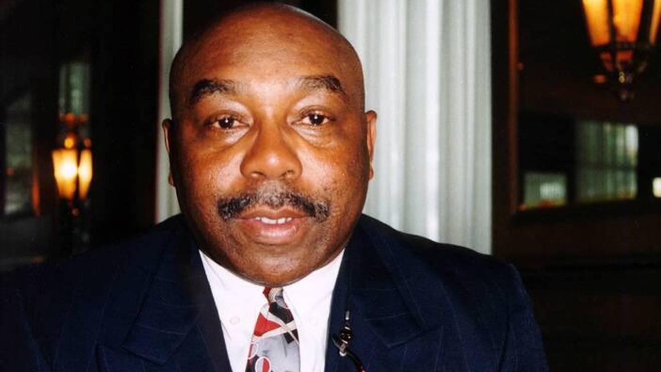 Jim Hines im Jahr 1996