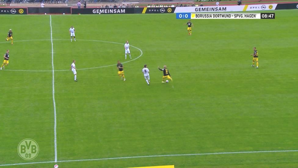 Beim Benefizspiel in Hagen sehen die Zuschauer zwölf BVB-Tore und das Debüt von Marin Pongracic. Hier gibt es die Highlights im Video.