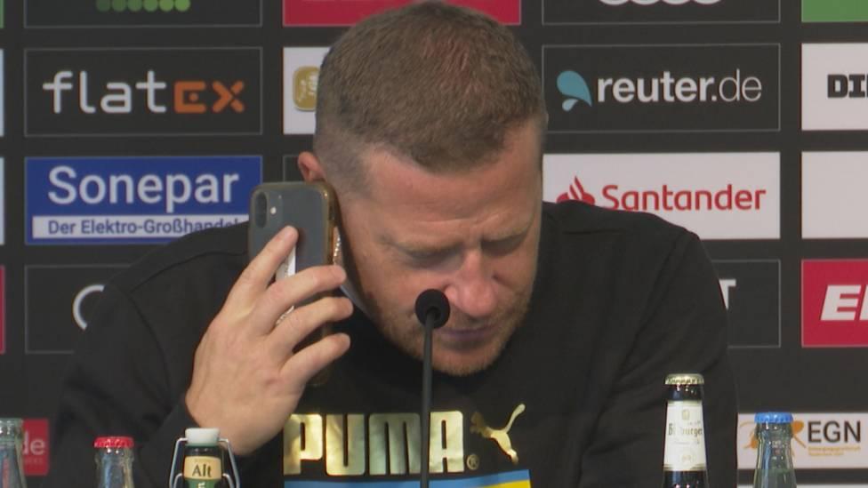 Zum Ende des Transferfensters werden vermehrt Gerüchte um den FC Bayern und Spieler von Borussia Mönchengladbach laut. Sportdirekor Max Eberl reagiert auf seine Weise.