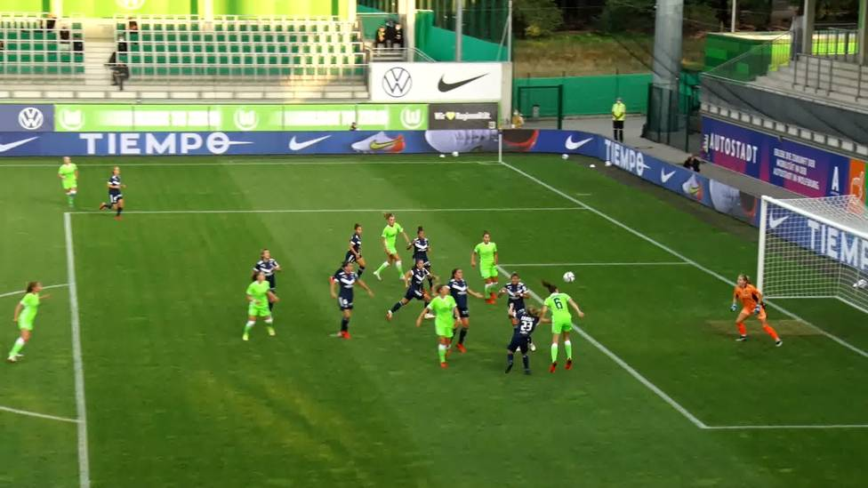 Im Hinspiel der CL-Qualifikation siegen die Wolfsburgerinnen gegen Bordeaux knapp mit 3:2 - Zweimal verspielt der VfL eine Zwei-Tore-Führung.