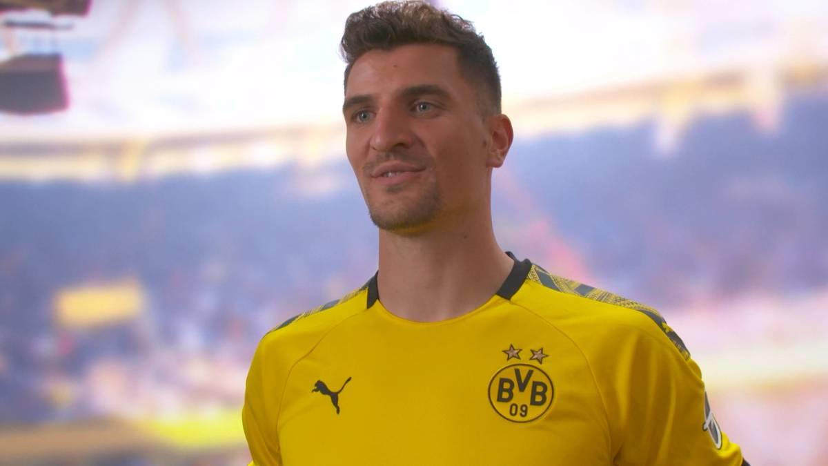 Der Dortmunder Neuzugang legt im Zoff mit seinem Ex-Klub nach.