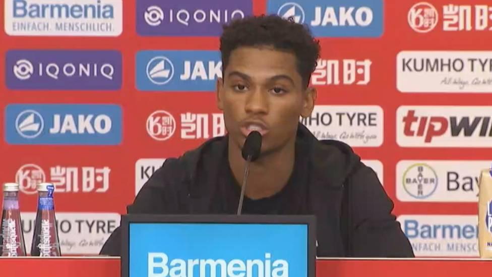 Bayer Leverkusen hat den FC Bayern München im Kampf um den französischen Youngster Amine Adli ausgestochen. Der 21-Jährige erklärt nun, warum er sich für die Werkself entschieden hat.