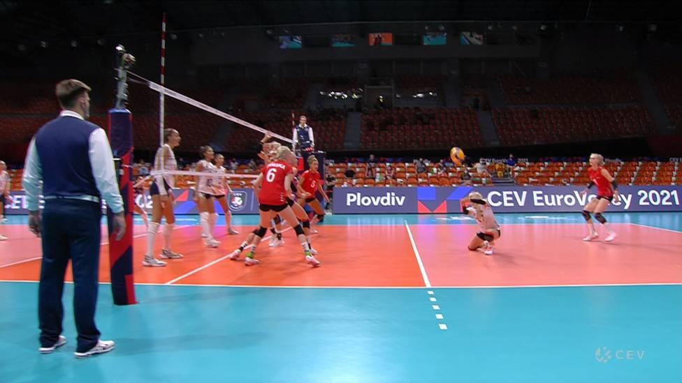Nach dem 3:0-Sieg über Griechenland steht Deutschland fix im Achtelfinale. Gegen die bereits ausgeschiedenen Griechinnen zeigt vor allem Anna Pogany ihre ganze Klasse.