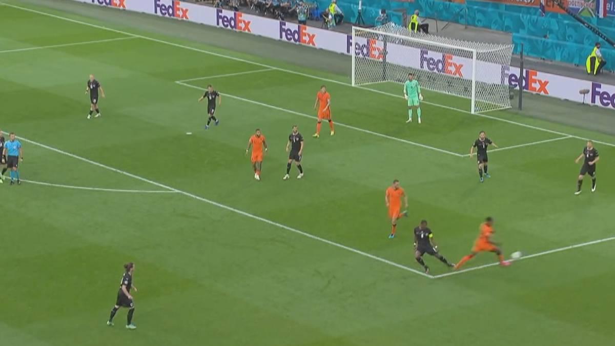 Die Niederlande schlagen Österreich und erreichen als dritte Mannschaft das EM-Achtelfinale. David Alaba verursacht einen Elfmeter.