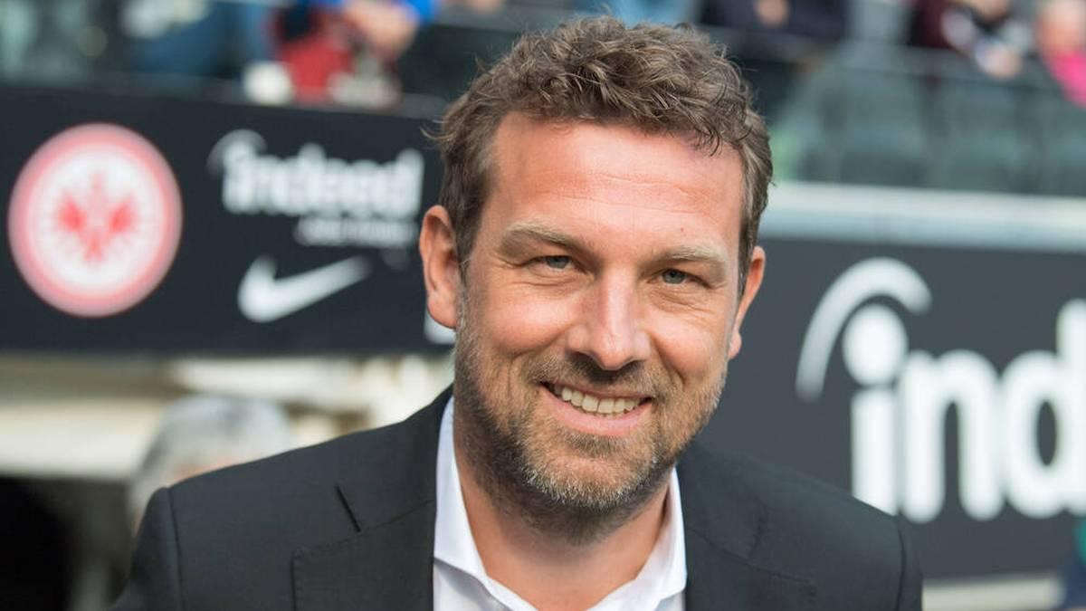 Heiko Herrlich ist weg, Markus Weinzierl übernimmt beim FC Augsburg. Seine Mission ist klar: er soll den FCA vor dem Abstieg retten. Es ist die zweite Amtszeit des 46-Jährigen.
