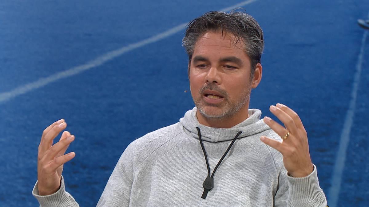 Der Abstieg von Schalke 04 ist wohl kaum noch zu verhindern: Im CHECK24 Doppelpass spricht Ex-Trainer David Wagner über die Probleme des Klubs und erklärt, warum auch er am Ende nichts mehr retten konnte.