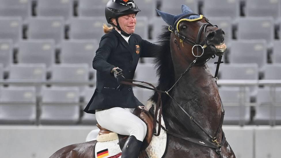 Die Trainer von Fünfkämpferin Annika Schleu wurde aus dem verkehr gezogen. Grund waren ihre Aussagen beim Drama im Pferdewettbewerb.