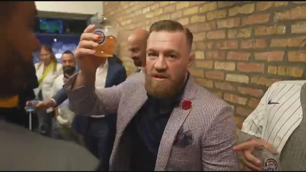 Bei Conor McGregor ist die Zündschnur mal wieder sehr kurz. Nach seinem missglückten First Pitch in einem Baseball-Spiel lässt der Ex-UFC-Star seinen Gefühlen via Instagram freien Lauf.