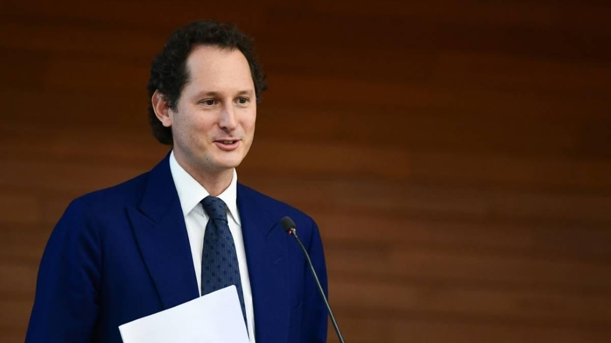 Ferrari-Verwaltungsratspräsident John Elkann hat sein Team nach der schwächsten Saison seit 40 Jahren zur Bescheidenheit aufgerufen.