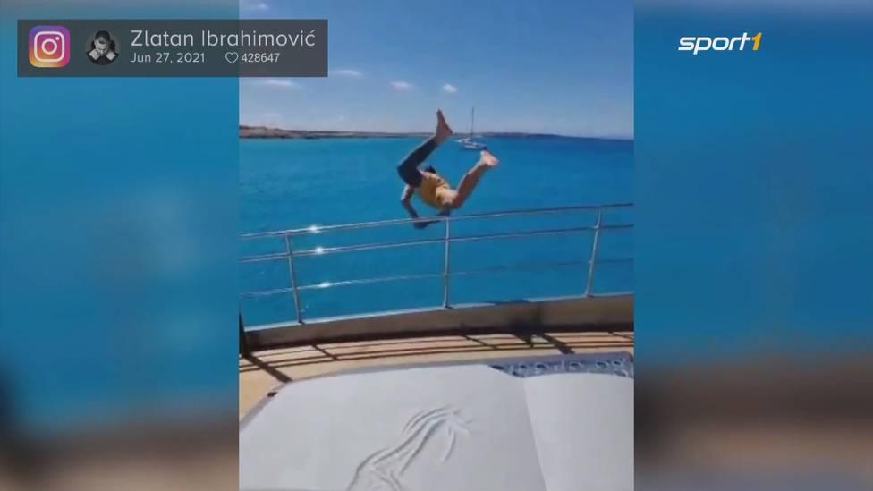 Während sein Land gerade bei der EM um das Viertelfinale kämpfen, weilt der schwedische Superstar Zlatan Ibrahimovic im Urlaub auf Mallorca. Dort sorgt für einen spektakulären Sprung vom Boot.
