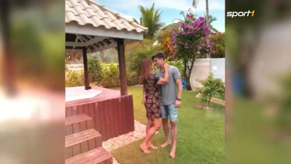 Wo die Liebe eben hinfällt: Die Mutter von Superstar Neymar zeigt sich auf Instagram mit ihrem neuen Freund. Der ist ganze 30 Jahre jünger - und ein großer Fan seines potentiellen Stiefsohnes.
