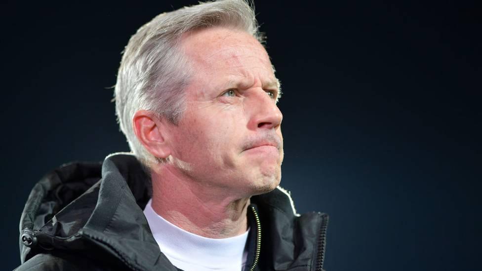 Nürnbergs Trainer Jens Keller hat erneut Bedenken hinsichtlich eines schnellen Neustarts im deutschen Profifußball geäußert.