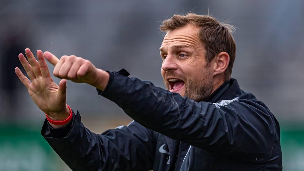Ex-Profi Bo Svensson ist offiziell neuer Cheftrainer in Mainz und soll die 05er vor dem Abstieg retten. Der 41 Jahre alte Däne übernimmt die Nachfolge von Jan-Moritz Lichte.
