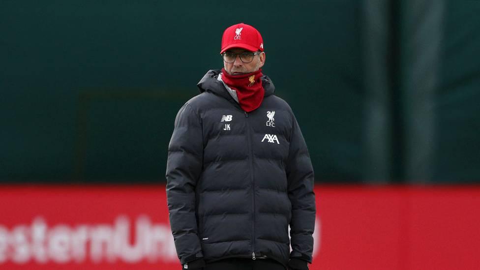 Liverpool-Coach Jürgen Klopp ist wohl damit einverstanden, auf Teile seiner Einnahmen zu verzichten. Im Zuge der Corona-Krise haben schon einige Trainer der Premier League einen Gehaltsverzicht in Aussicht gestellt.