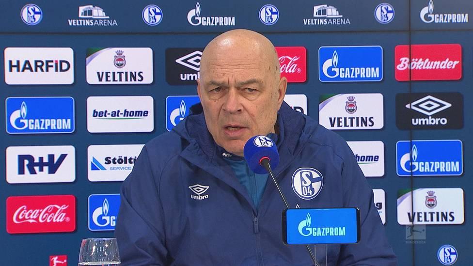 Schalke wendet die Einstellung des Negativ-Rekords von Tasmania Berlin ab. Trainer Christian Gross schwärmt nach Abpfiff vom neuen Traumduo Hoppe/Harit und erklärt, warum Neuzugang Kolasinac direkt als Kapitän auflief.