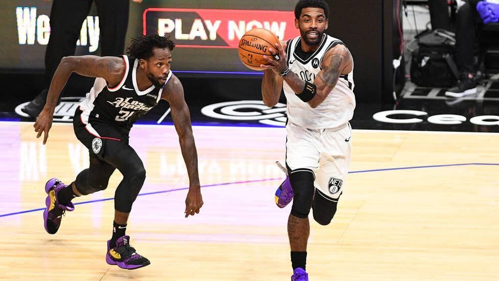 Kyrie Irving ist offenbar weiter ungeimpft - und jetzt von Trainings- und Spielbetrieb ausgeschlossen. Den Superstar der Brooklyn Nets kommt das teuer zu stehen.