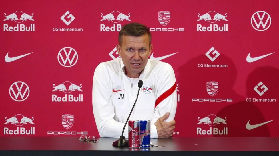 Vor dem wichtigen Spiel beim SC Freiburg, kommt es im Training von RB Leipzig zu Unstimmigkeiten. Trainer Jesse Marsch äußert sich zum Zoff um Christopher Nkunku.