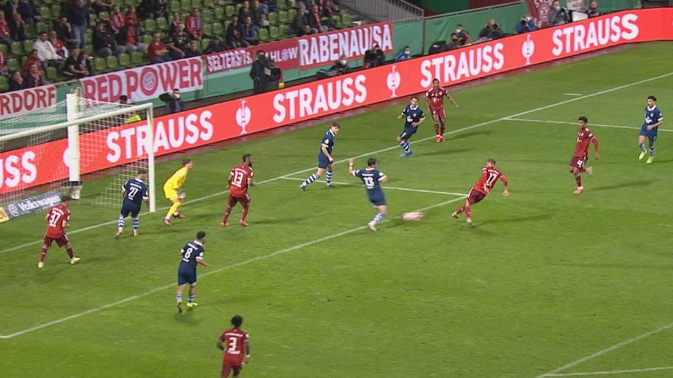 Der FC Bayern zieht ohne Mühe in die 2. Runde des DFB-Pokals ein. Beim Schützenfest in Bremen trumpfen vor allem die Reservisten auf.