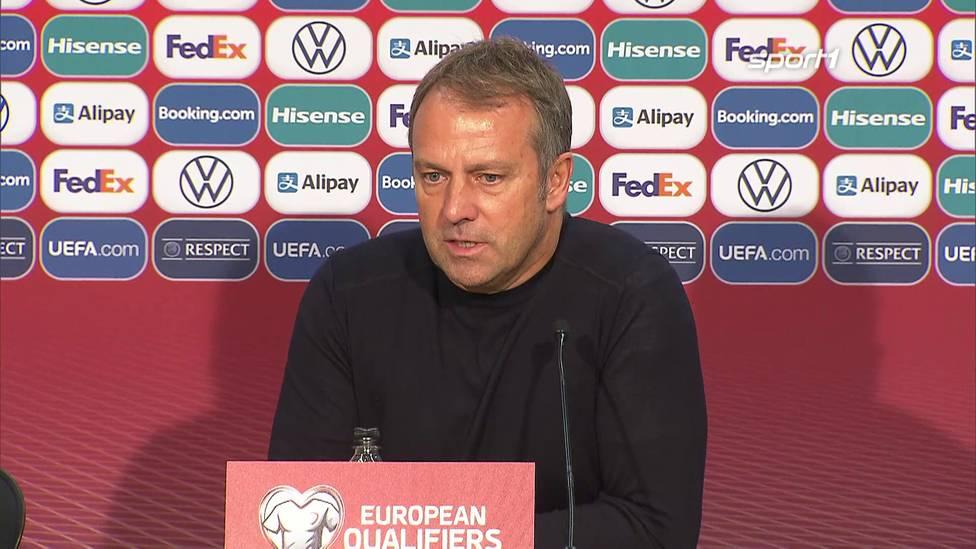 Drei Spiele, drei Siege - der Einstand von Hansi Flick als Bundestrainer hätte nicht besser laufen können. Dennoch macht er auf der PK klar, dass es noch ein langer Weg bis zur WM 2022 ist.
