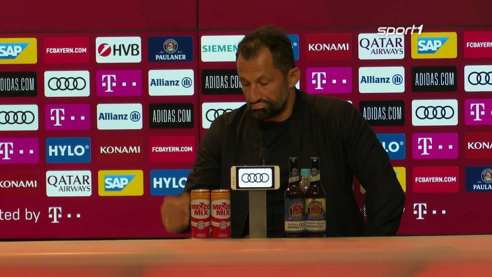 Der Zoff zwischen Hasan Salihamidzic und Michael Zorc ist seit einigen Tagen präsent. Nun äußert sich der Sportdirektor des FC Bayern zu diesem Thema.