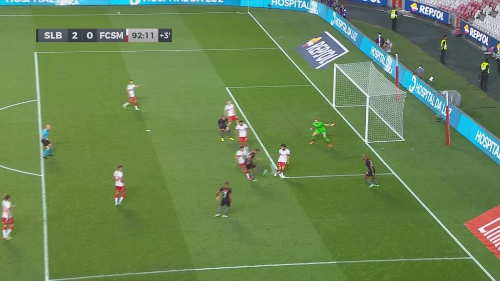 Benfica Lissabon macht in der Champions-League-Qualifikation den Einzug in die nächste Runde klar. Dort wartet dann PSV Eindhoven mit Mario Götze.