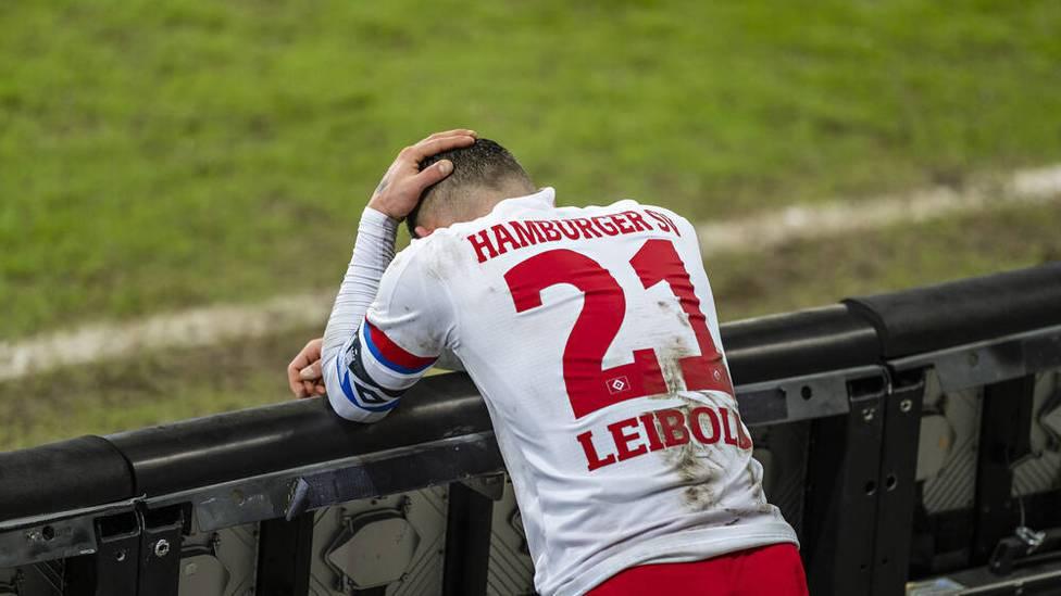 Durch die 0:1-Pleite im Derby gegen St. Pauli muss der HSV wieder einmal einen Rückschlag bei der Mission Aufstieg hinnehmen. Bleiben die Rothosen weiterhin in der 2. Liga?
