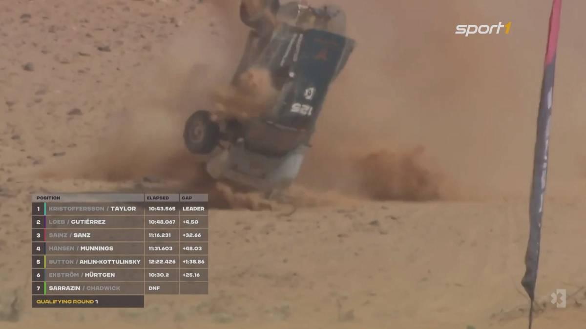 Claudia Hürtgen sorgt für einen Schreckmoment und überschlägt ihren Rennwagen beim Qualifying in Saudi Arabien mehrfach. Die Fahrerin bleibt unverletzt.