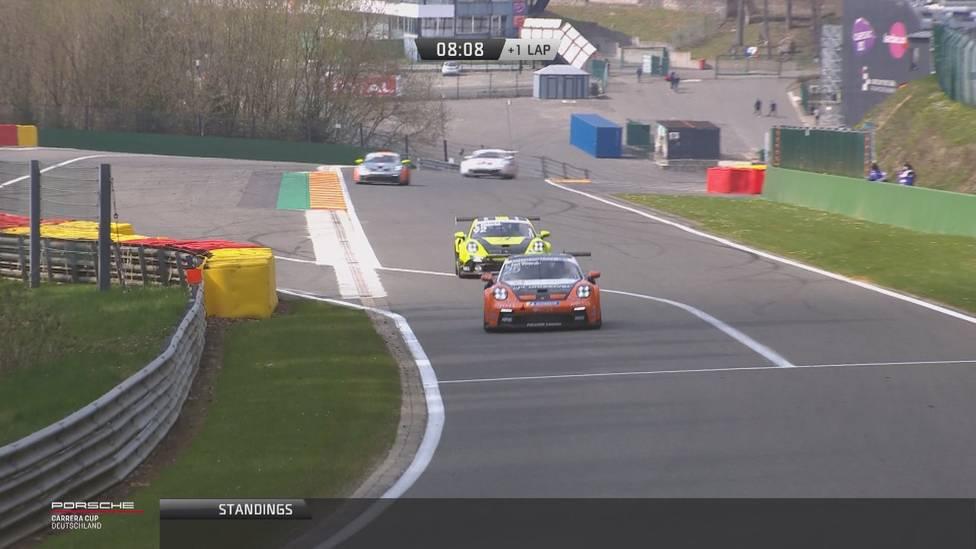 Auftakt nach Maß für Larry ten Voorde: Der Niederländer gewinnt erste Rennen in Spa beim Porsche Carrera Cup Deutschland. Ein Deutscher landet auf Platz zwei.