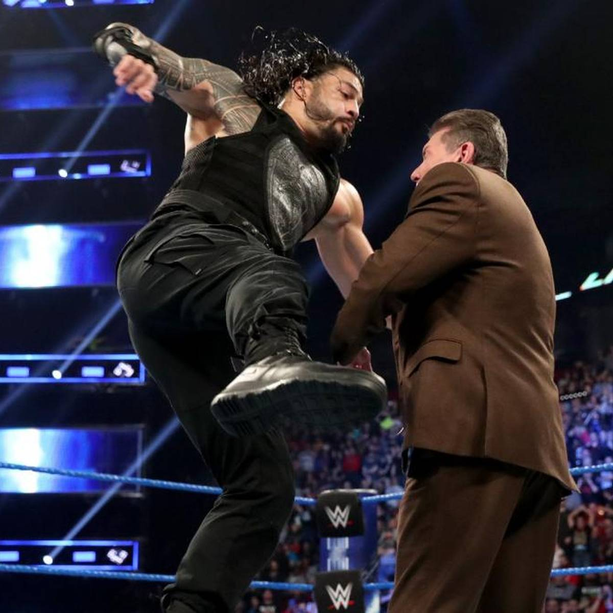 Schmerzhafter Hieb für WWE