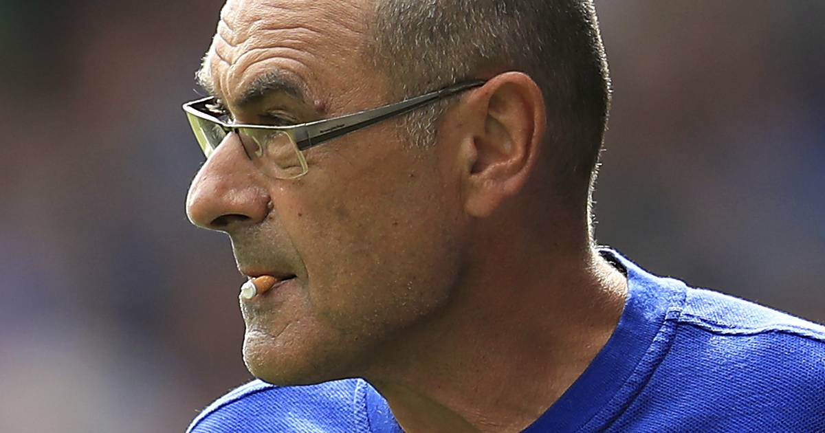 Image result for sarri chelsea smoking