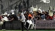 Auch in anderen Ländern sorgen Duelle zweier Mannschaften aus einer Region oder einer Stadt für jede Menge Emotionen. SPORT1 zeigt die heißesten Derbys in Bildern