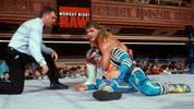 Shawn Michaels bei einem frühen WWE-Match 1993 gegen Max Moon