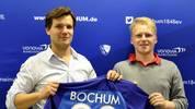 Michael 'MegaBit' Bittner spielt für den VfL Bochum und hat in der Weekend League im November alles und jeden überrascht. Auf der Xbox und der PlayStation spielte er sich unter die besten fünf Plätze. In Barcelona muss er die online Form dann auch vor Ort abrufen.