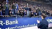 Domenico Tedesco muss um seinen Job beim FC Schalke 04 bangen