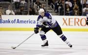 Jared Aulin stand in der Saison 2002/03 für die Los Angeles Kings auf dem Eis