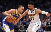 Stephen Curry und seine Golden State Warriors haben die Denver Nuggets klar besiegt