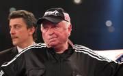 Trainer-Legende Uli Wegner findet lobende Worte für die Sauerland-Talente